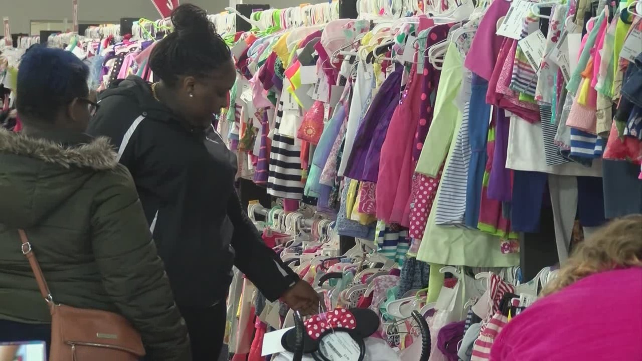 Parents score deals at Bella Kids pop up consignment shop 3 day sale event  - WIVB