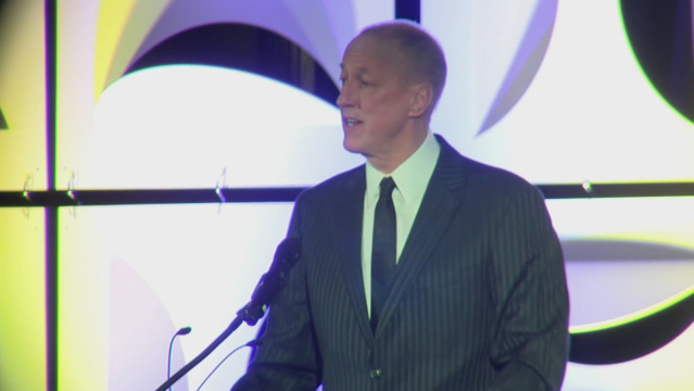 Jim Kelly has successful surgery to remove oral cancer