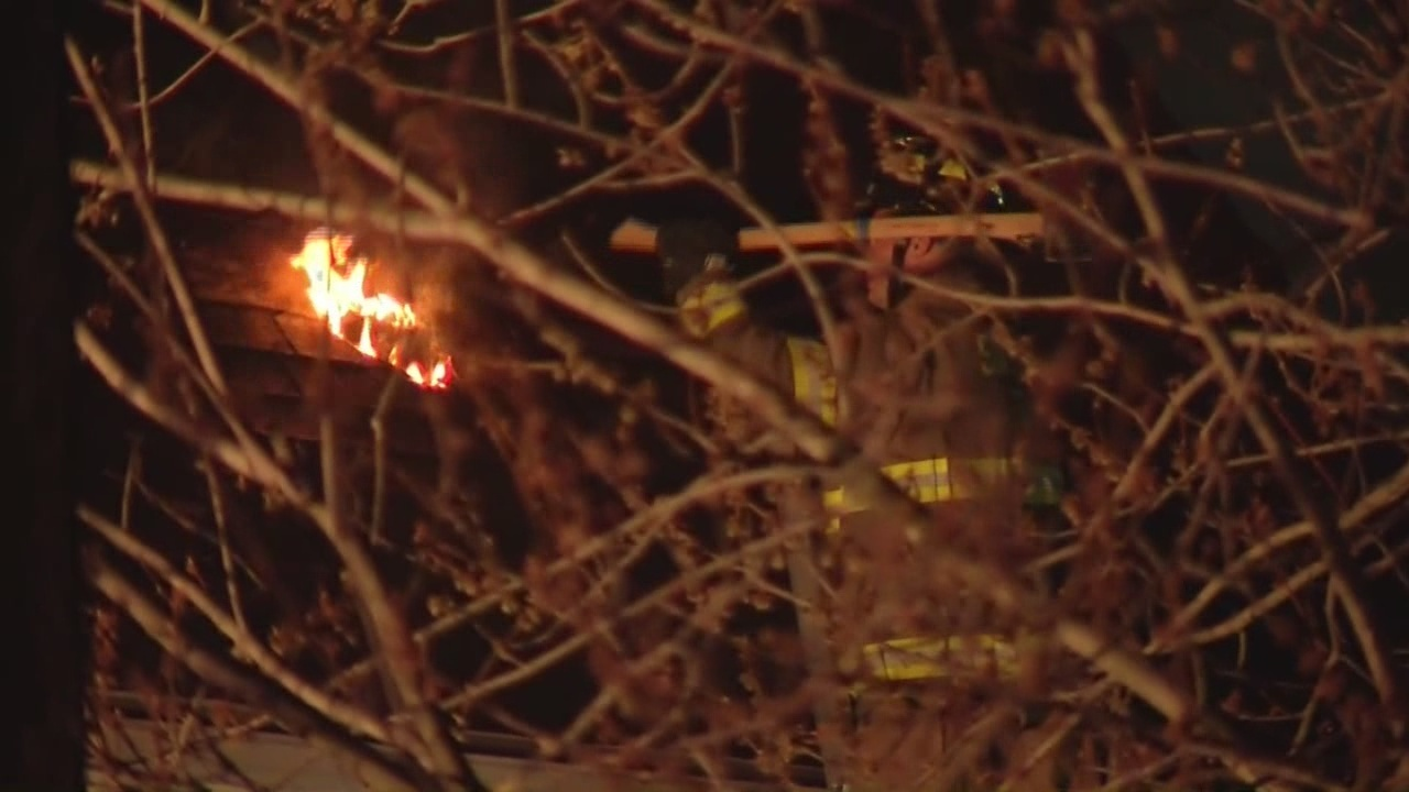 Fire in Cheektowaga spreads to other properties
