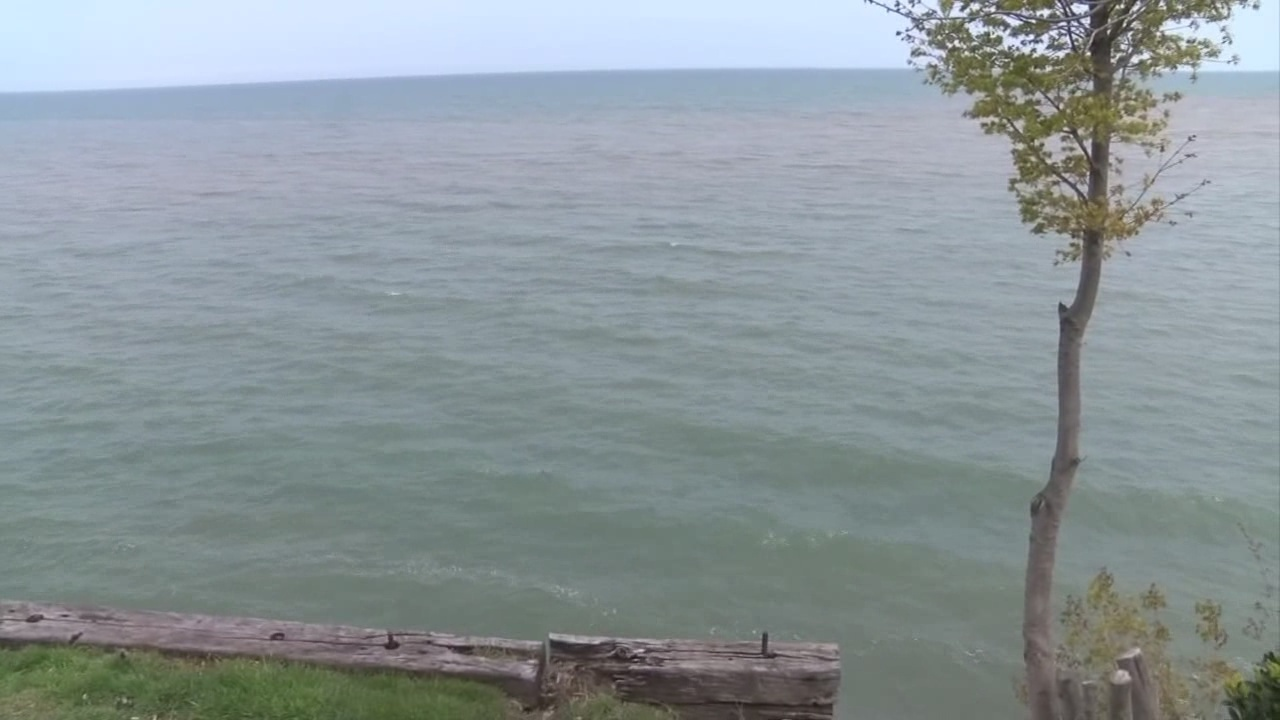 drone video shows rising water level of lake ontario