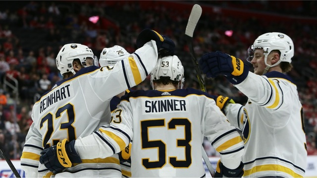 Jeff Skinner Signs 8 year, $9 Million AAV With Sabres