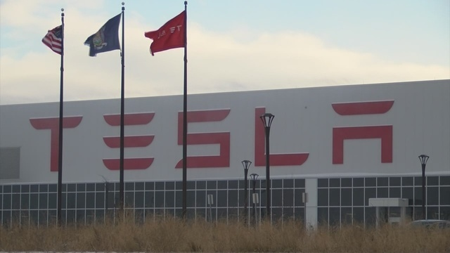United Steelworkers file federal labor charges against Tesla's Buffalo plant